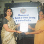 Mrs. Hegde presented the OIOP Club membership certificate to the Principal