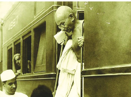 Mahatma Gandhi travelled by train all over India