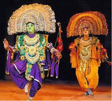 Actors wear masks in Purulia Chhau