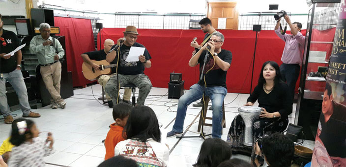 A jam session on the last day with Rajeev Raja on flute, Subhash Kamath on vocals and guitar, Hitesh Dhutia on guitar, and Anuradha Pal on percussion